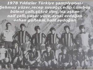 Murat TAŞ'ın arşivinde Hakkâri futbolunda eski kareler.