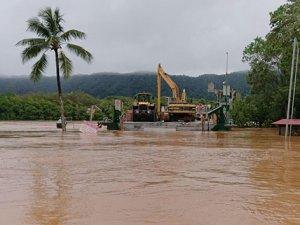500 ev sular altında kaldı