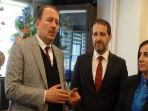 AK Parti milletvekili Karaca Hakkari'de