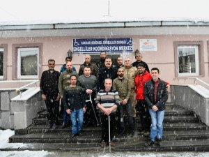 Vali Akbıyık'tan engellilere ziyaret