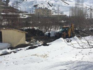 Hakkari Otluca'daki sondaj dalgıç pompası arızalandı
