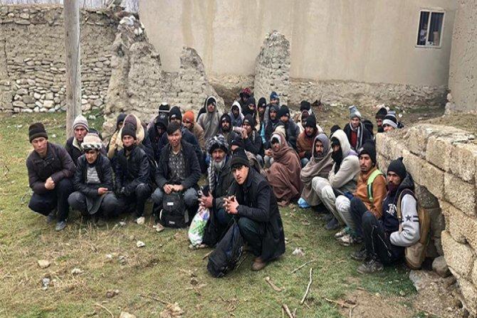 Van'da 163 kaçak göçmen yakalandı