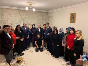 Metin Külünk'ten Taş ve Demir ailesine ziyaret
