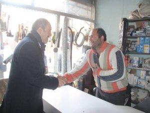 Başkan Epcim, Kayacan esnafını ziyaret etti