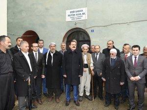 Vali Akbıyık, tarihi camiyi ziyaret etti...