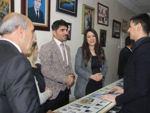 CHP heyeti Hakkari esnafını ziyaret etti