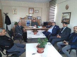CHP ve İyi Parti adayları engelliler derneğini ziyaret etti