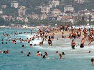 Antalya'da turist sayısı 571 bine ulaştı