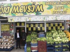 4 Mevsim sebze ve meyve halk pazarı
