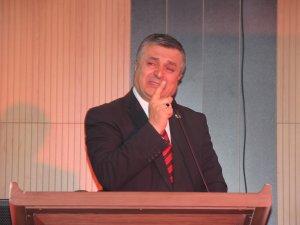 Hakkari'de Şehit Teğmen Özatak sergisi açıldı