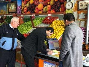 Belediye ekipleri denetimlerini sürdürüyor
