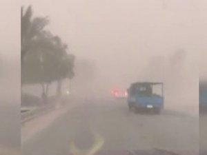Irak'ta kum fırtınası: 5 ölü