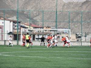 Yüksekovaspor baraj maçını penaltılarla kazandı