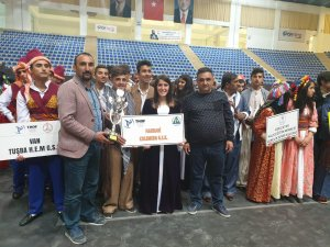 Halay Sultanları Türkiye finalinde...