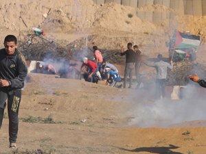 Filistinlilere sert müdahale: 1 ölü, 30 yaralı
