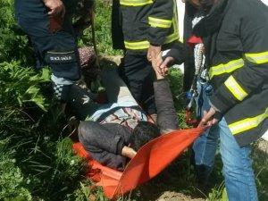 Dağdan düşen vatandaş kurtarıldı
