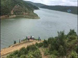 Serinlemek için suya giren iki çocuk kayboldu