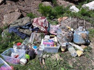 Yüksekova kırsalında 1 sığınak imha edildi