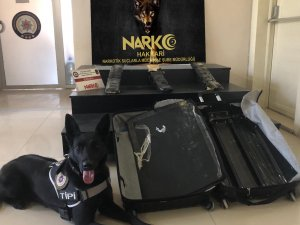 Yüksekova havalimanında uyuşturucu ele geçirildi