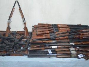 Şemdinli'de 86 adet av tüfeği ele geçirildi