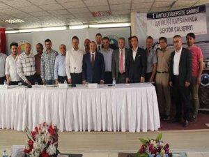 Hakkari'de sektör çalıştayı 5 oturum halinde yapıldı