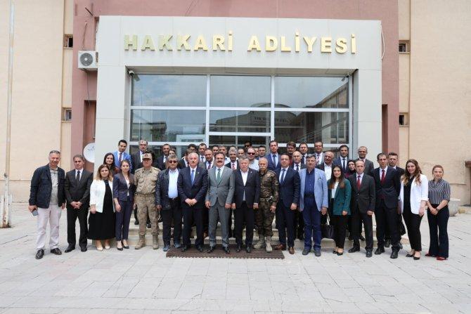 Yargıtay Başkanı Cirit Hakkari'de mutlu ayrıldı