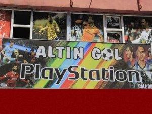 Hakkari'de devren satılık PlayStation salonu