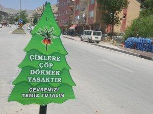 Belediye'den ağaç Temalı uyarı levhaları