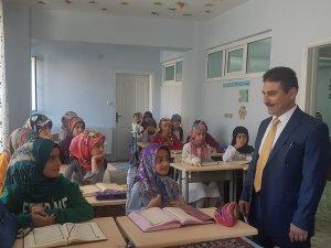 Vali Yardımcısı Pala Kur'an Kurslarını ziyaret etti