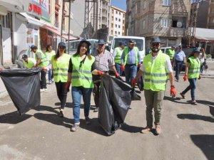 Yüksekova Belediyesinden temizlik kampanyası
