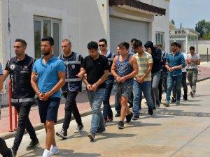 Gözaltına alınan 41 kişi Adana'ya götürüldü