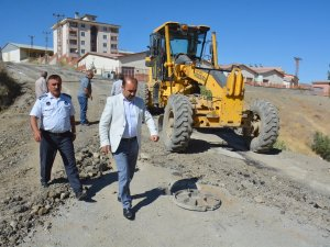 Belediye okul yollarının onarımına öncelik verdi