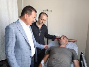 Vali Akbıyık, yaralı vatandaşları ziyaret etti...
