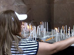 Ermeni ayini başladı