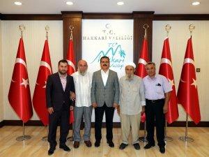 Şehit babası SafiTürk'ten Vali Akbıyık'a ziyaret