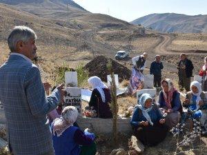 Geçitli'deki patlamada ölen 9 sivil dualarla anıldı