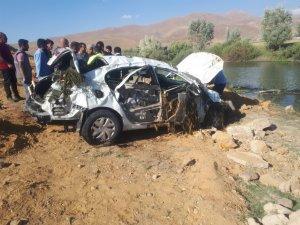 Otomobil takla attı: 3 ölü, 2 yaralı