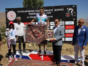 """Hakkari'de """"Uluslar arası Dağ Bisikleti Yarışması"""" düzenlendi"""