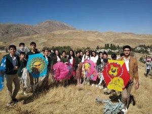 İran sınırında uçurtma şenliği