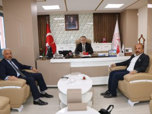 Başkan Aksaç'tan Müdür Kara'ya övgü