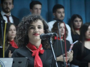 Hakkari Güzel Sanatlar Lisesinden Muhteşem konser