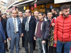 AK Partili Demir'e Hakkari'de görkemli karşılama
