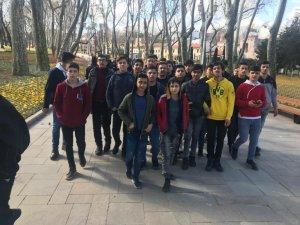 Hakkarili öğrenciler gezinden mutlu döndü