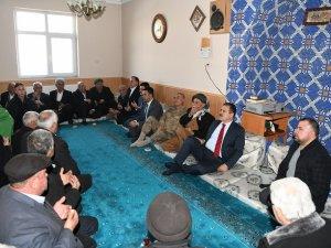 Vali Akbıyık'tan Başkan Zibek'e taziye ziyareti