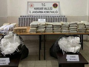 177 kilo eroin ile 10 bin maske ele geçirildi