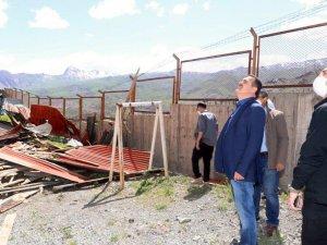 Vali Akbıyık'tan vatandaşlara geçmiş olsun ziyareti