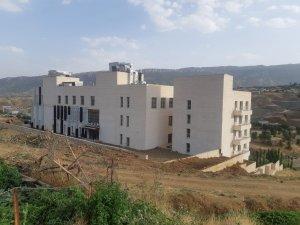 Derecik Devlet Hastanesi açılış için gün sayıyor