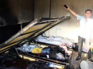 Ütüden kaynaklı alev yangına neden oldu