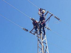 Elektrik arıza ekibinin bayram mesaisi