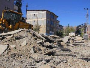 Sanayi yolunda asfalt söküm çalışmaları başladı
